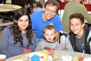 2013-10-26_Liebross-Family-Pancake-Day